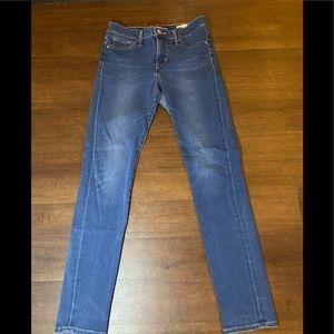 Levi's 311 Shaping Skinny -26
